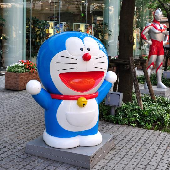 outdoors ; indoor ; Fiberglass statue ; decorate ; Large scale ; City decoration ; garden ; Park decoration ; Doraemon ; Doraemon sculpture ; Doraemon statue ; Life Size ; cartoon ; Ourdoor garden decoration fiberglass resin cartoon statue