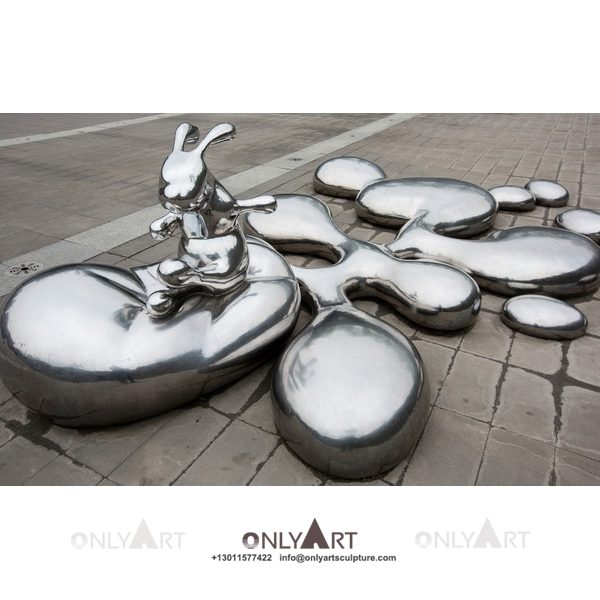 Cartoon decorated with cute stainless steel rabbit sculpture
