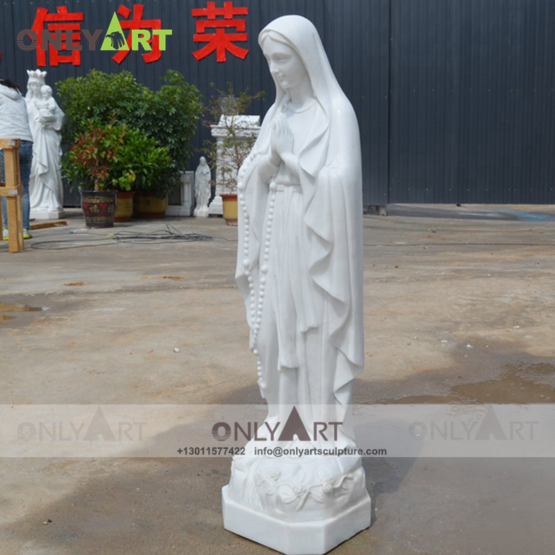 st mary statue